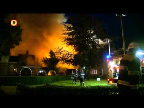 Vier tips over aanslag gemeentehuis in Waalre