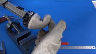 東北大、刃物・がれき対応の万能ロボハンド 把持対象の形に変化(動画あり)