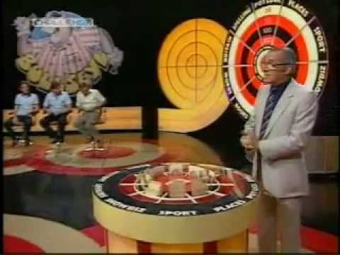 Bullseye - This is a full episode of classic bullseye I recorded from challenge. This was recorded in central studios in broadstreet Birmingham, now demolished. Stars J...