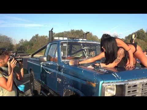 Car Wash Ford Truck Hot Beautiful Bikini Girls – Dance Music Video