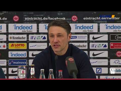 Eintracht Frankfurt vor dem Spiel gegen Borussia Do ...
