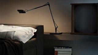 Настольная светодиодная лампа для дома.