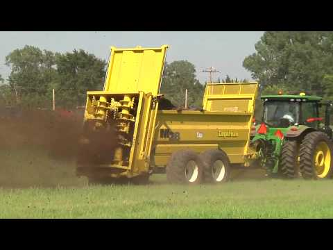 Spreader - The Degelman M28 and M34 manure spreader design is unmistakably Degelman. Five years of design, development, and intensive testing, the most rugged spreaders...