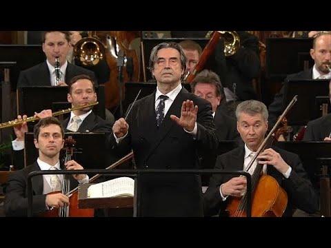 Wien: 5. Neujahrskonzert von Star-Dirigent Riccardo M ...