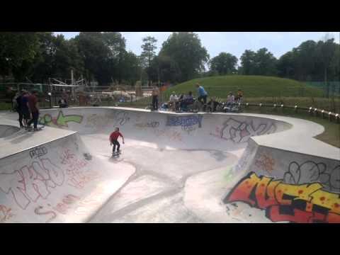 Clissold Park Skatepark
