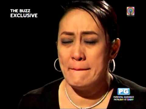 Breaks - MANILA, Philippjnes -- Comedienne Ai Ai delas Alas broke down on
