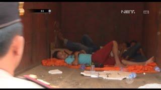 Video Mencurigakan, Petugas Temukan Sekumpulan Pria Tiduran di Truk Pengangkut Barang - 86 MP3, 3GP, MP4, WEBM, AVI, FLV Juni 2018