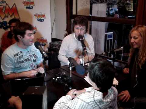 sara werthein - www.mundoataque.com | Radio TKM 103.7 Presentacion e imitador del Bicho Bolita!