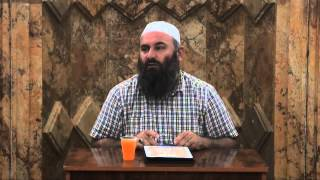 Buzqeshu (Skemi nevojë të bëhemi armik me njëri tjetrin) - Hoxhë Bekir Halimi
