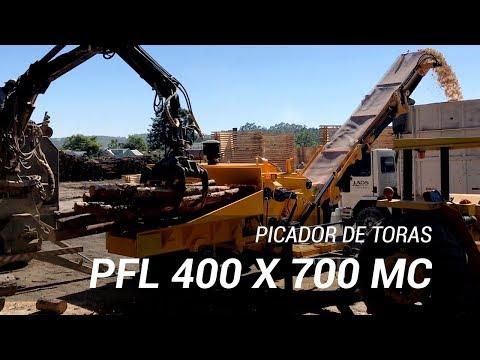 Picador Florestal picando grande quantidade de toras - Lippel RAPTOR 700