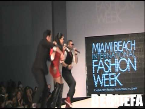 Los Primeros Live en Miami Beach International Fashion Week 2011