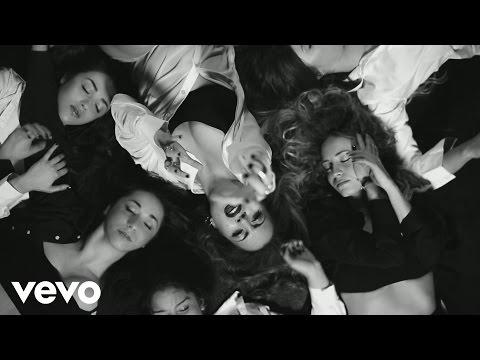 Claudia Megrè - Le ragazze fanno grandi sogni ft. Edoardo Bennato