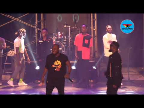 Download Rapperholic 2018: Sarkodie performs 'Bibii Ba' with Kofi Mole, Tulenky, Amerado, others