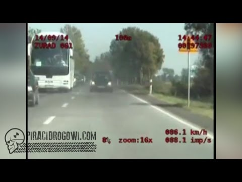 na-czolowke-z-radiowozem