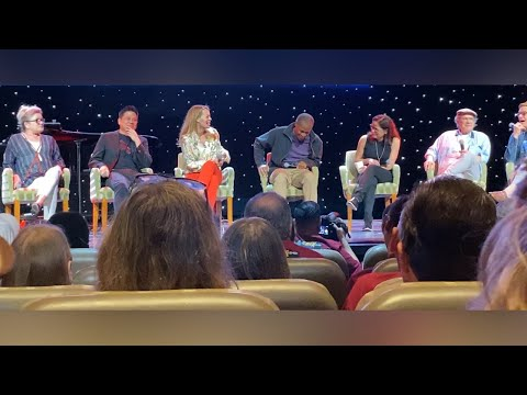 Star Trek: Voyager #2 - 25th Anniversary Reunion Panel