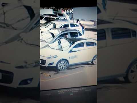 Dupla de ladrões arromba veículos em Maravilha