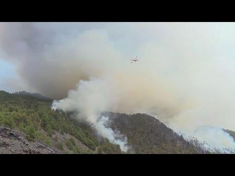 Ισπανία: Μεγάλη δασική πυρκαγιά στη νήσο Λα Πάλμα- Ένας νεκρός