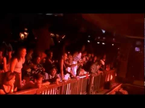 Snoop Dogg - Who Am I (What's My Name)? [Live at House of Blues] [HD]