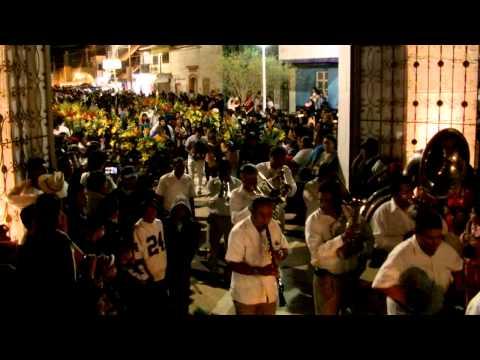 Romita GTO Cuartel 1 2012 en la iglesia