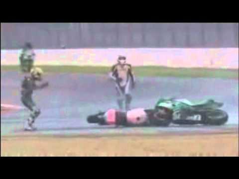 lustiger Unfall – 2 Motorräder unkontrolliert