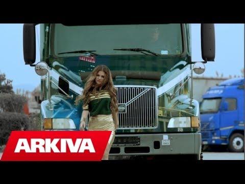 Dhurata Dora – A bombi (Official Video HD)