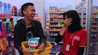 Video PRANK!! GOMBALIN KASIR ALFAMART LIHAT REAKSINYA🤣 | Aden Alfurqon MP3, 3GP, MP4, WEBM, AVI, FLV November 2018