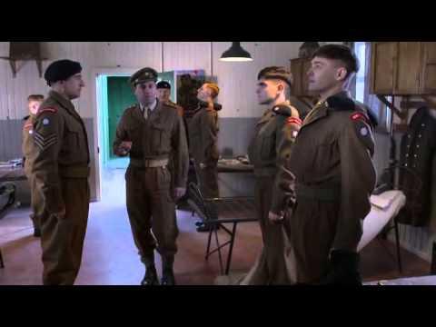 privates 1x02 - Alex Vlahos & Michael Nardone
