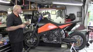 10. KTM 950 Super Moto to Super Enduro Conversion
