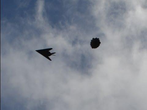 ufo ingaggiato da uno stealth fghters americano