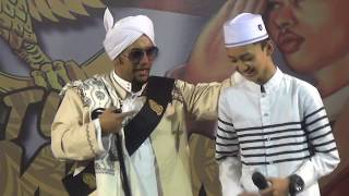 Video ( ayo move on ) lantunan sholawat gus azmi di majlis nurul musthofa MP3, 3GP, MP4, WEBM, AVI, FLV Agustus 2018