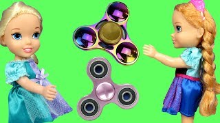 Video Fidget Spinners !  Elsa & Anna Toddlers in Spinner Land - Dinosaur breaks Spinner - Search - Playing MP3, 3GP, MP4, WEBM, AVI, FLV Juni 2017