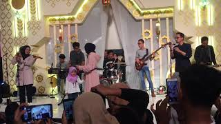 Video Deen Assalam & Ya Jamalu - SABYAN GAMBUS (At Kota Kasablanka) MP3, 3GP, MP4, WEBM, AVI, FLV Juni 2018