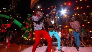 Beenie&Elephant Man Make Nicki Minaj Dance Out Her Seat [Bet Awards 2013 Reggae Performance]