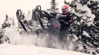 4. 2015 Ski-Doo Renegade Backcountry Review