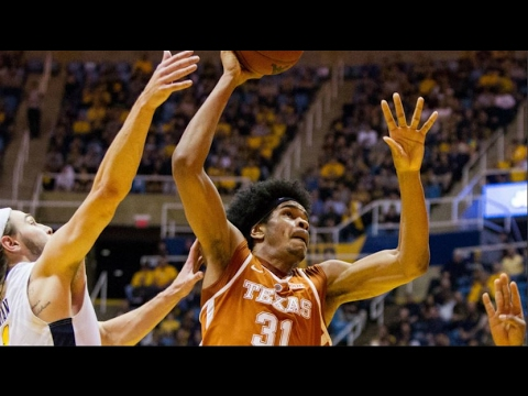 Texas Forward Jarrett Allen Hammers Dunk Of The Year | CampusInsiders (видео)