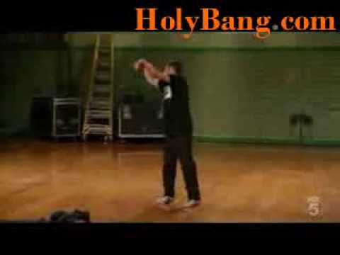 Break Dance - Robert Muraine - Robot Dance - Best Dance Ever HolyBang d0t com breakdance videos