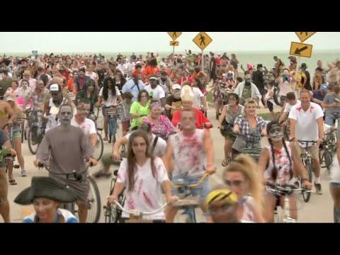 פלורידה:המתים חוזרים לחיים על  האופנועים שלהם