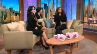 Kim & Kourtney Kardashian on The Wendy Williams Show 1-21-2011