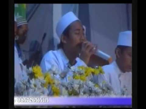 Video Almuqtashidah Live In Cokro (Farsyi Turob) download in MP3, 3GP, MP4, WEBM, AVI, FLV February 2017
