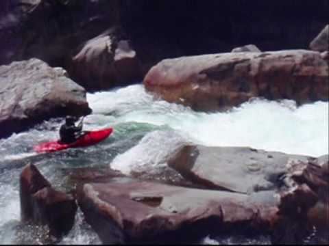 Rio Caunahue Chile Creeking