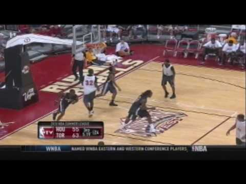 Ishmael Smith to Jermaine Taylor fast break dunk