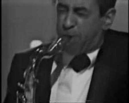 ellington - This shamefully under-rated and largely ignored tenor-sax giant delivers a lesson here on how to play,and swing,the blues.