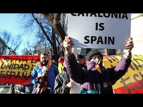 Spanien: 12 katalanische Separatisten stehen vor Gericht