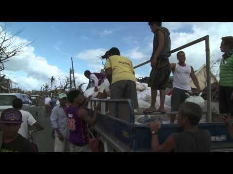Philippines: la ville de Tacloban dévastée