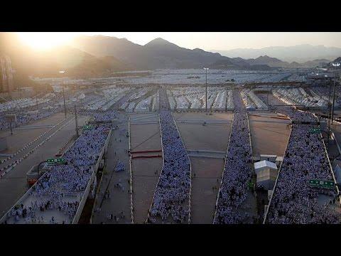 Ομαλά εξελίσσεται η τελετή του «Λιθοβολισμού του Διαβόλου» στη Σαουδική Αραβία