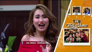 Penyambutan Ayu Ting-Ting Yang Heboh Abis - Ini Talk Show 12 Mei 2016