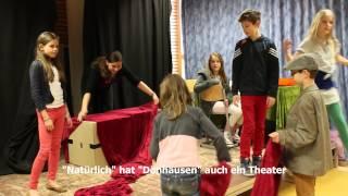 Dönhausen - Schule Als Staat