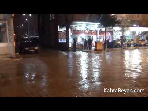 Cadde ve Sokaklar Yağmur Sularıyla Doldu
