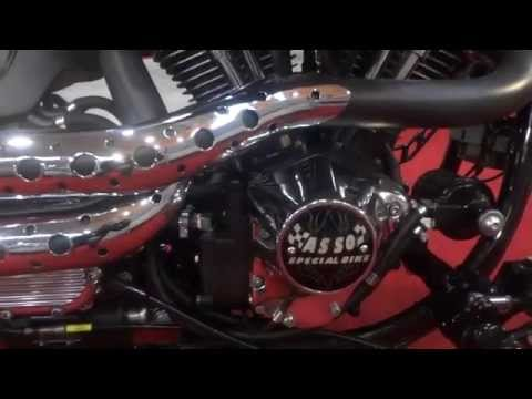 [Video] Harley Davidson Custom Motorcycles & Hells Angels : Tattoo Girls & Bikes