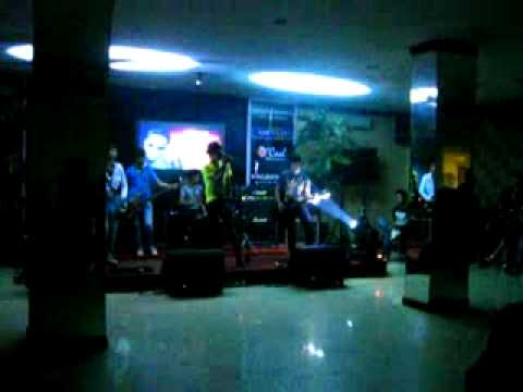 KOMIK Band Kendari ( DIA ) live In Imperial Hotel (Audisi Nagaswara Record)
